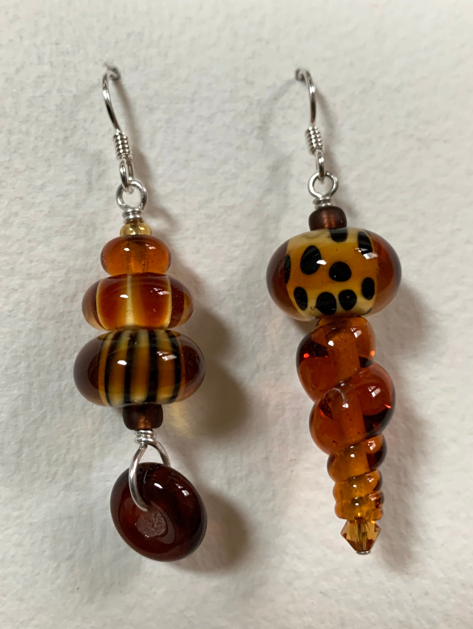 Asymmetrical earrings (amber and brown)