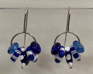 Large circle earrings (blue and white)