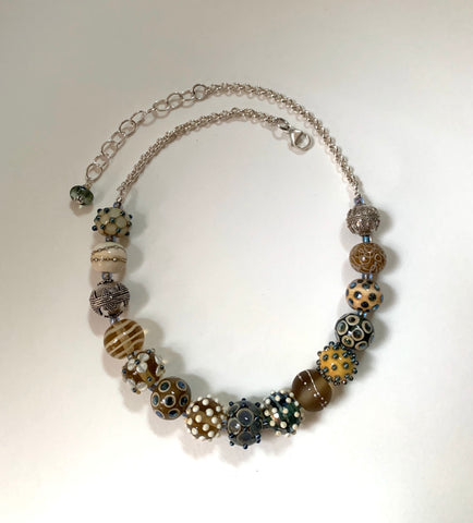 Ivory silver glass round bead necklace