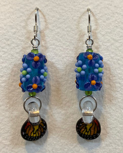 Flower earrings with butterfly wings
