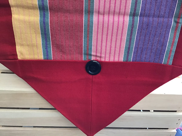 Table Runner with Button
