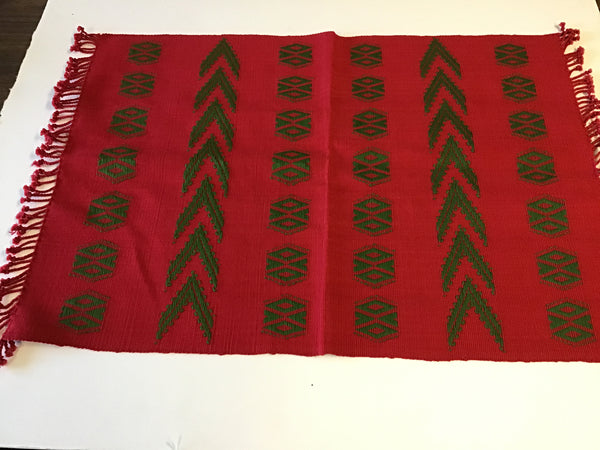 Christmas Placemats Red w/Green