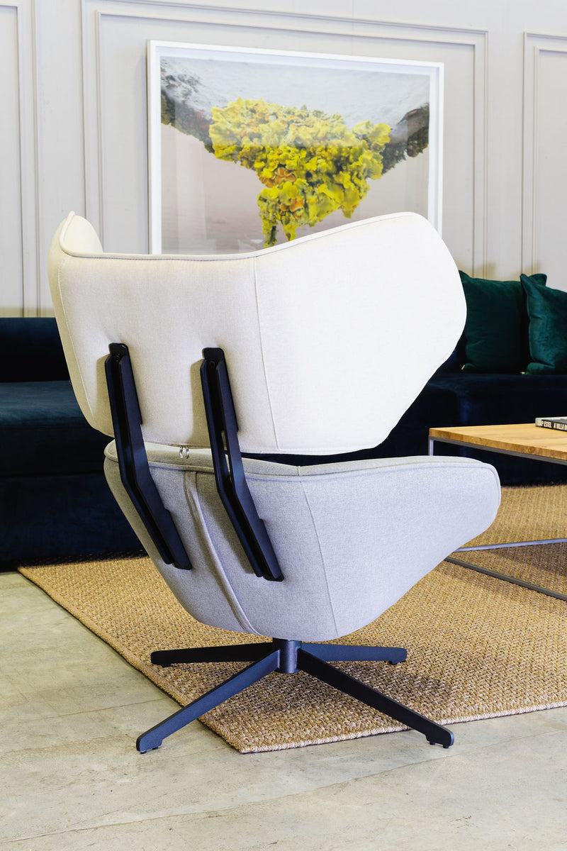 SHOP THE LOOK 2 _ Thomas Chair