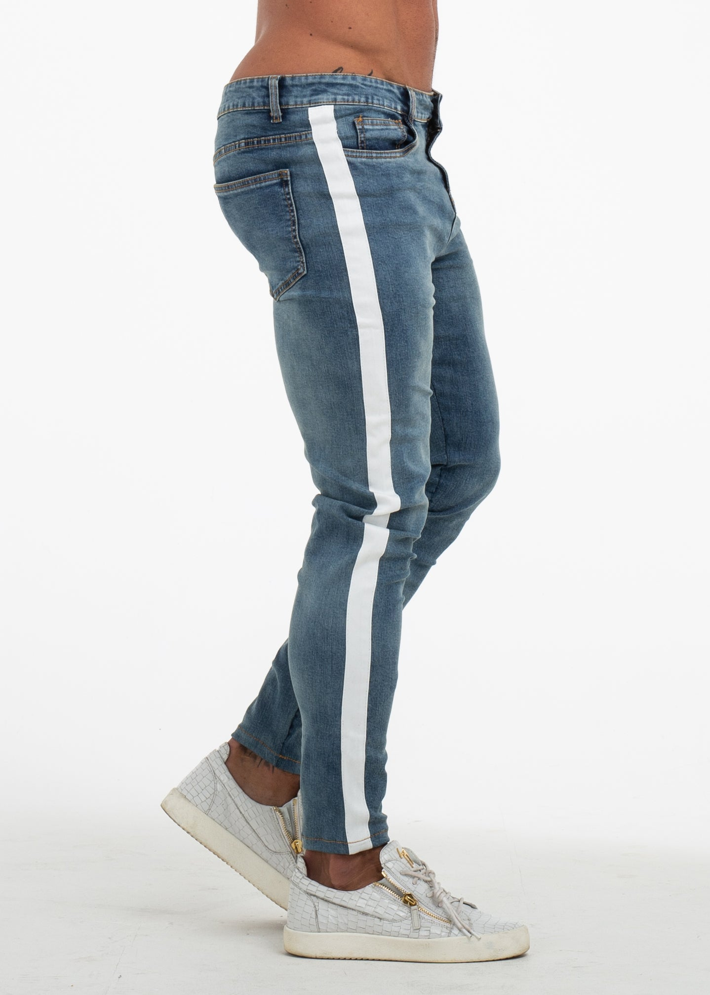 LOWKEY JEANS MEDIUM AGED BLUE