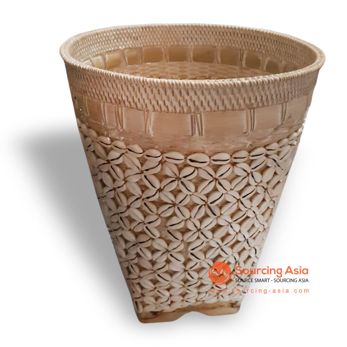 ALI072 SHELL AND RATTAN BASKET