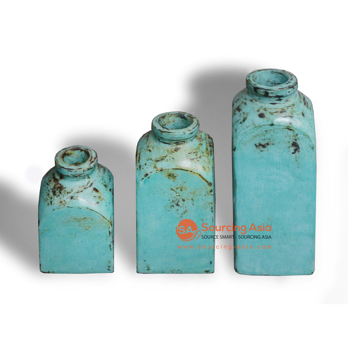 JNP112-SETA SET OF THREE TALL TERRACOTTA VASE