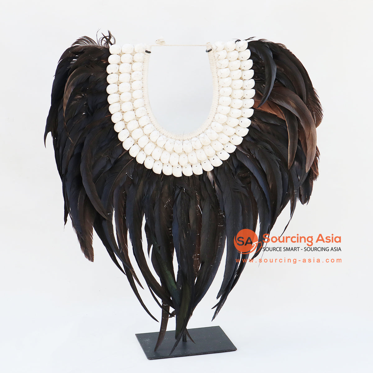 KNTC062 PAPUA NECKLACE WITH SHELL AND FEATHERS