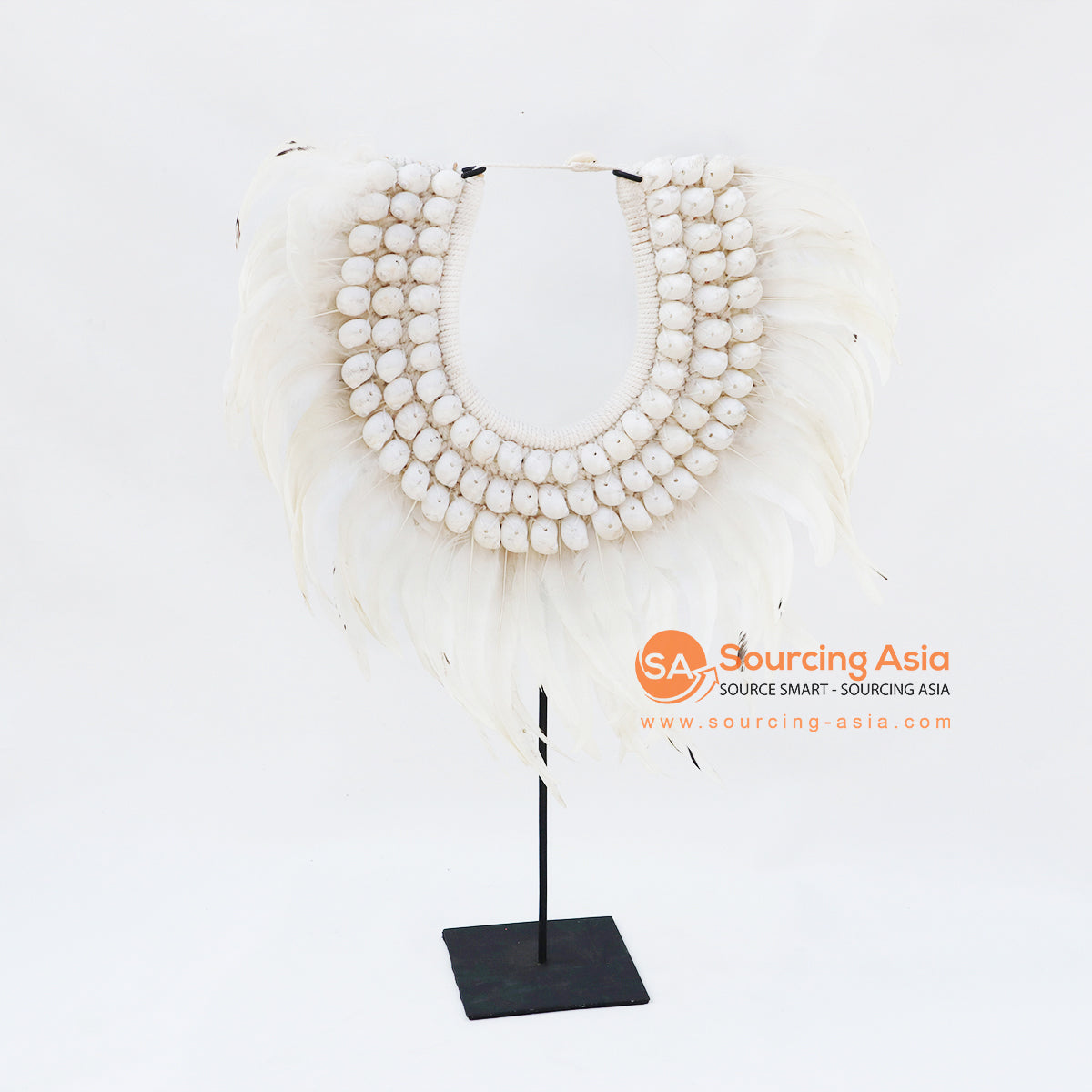 KNTC064 PAPUA NECKLACE WITH SHELL AND FEATHERS