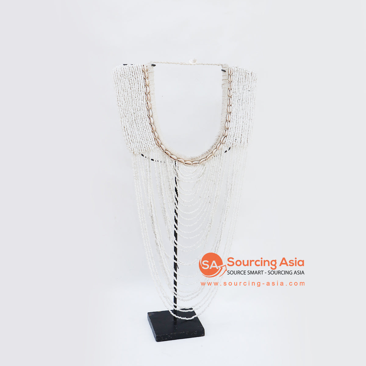 KNTC096 PAPUA BEADED NECKLACE ON STAND