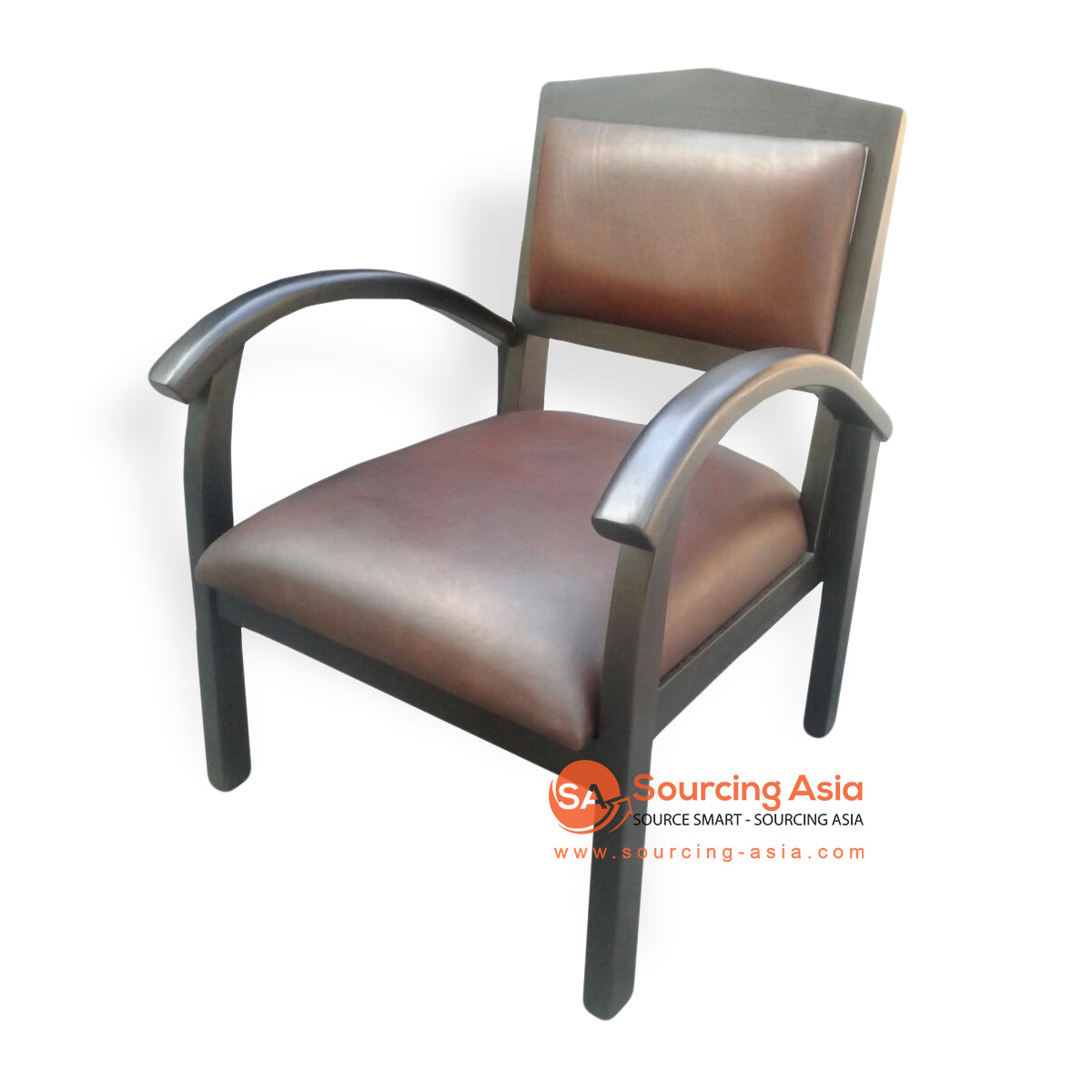 KUSJ053C LEATHER & WOODEN ARM CHAIR