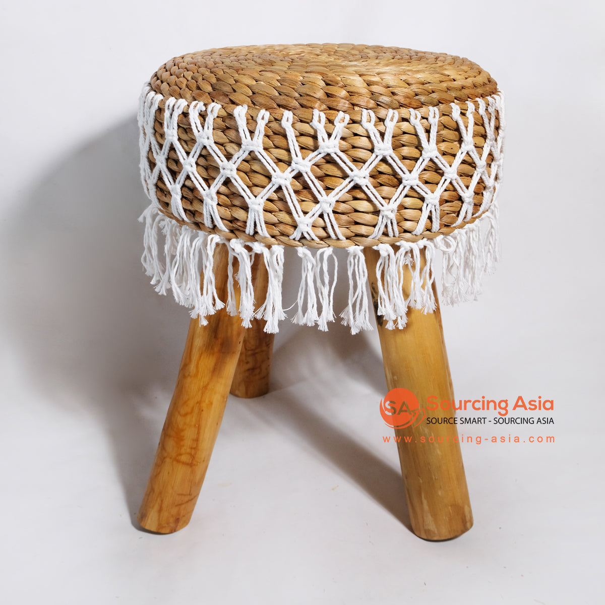 MRC041 WOODEN STOOL WITH WATER HYACINTH SEAT AND WHITE MACRAME