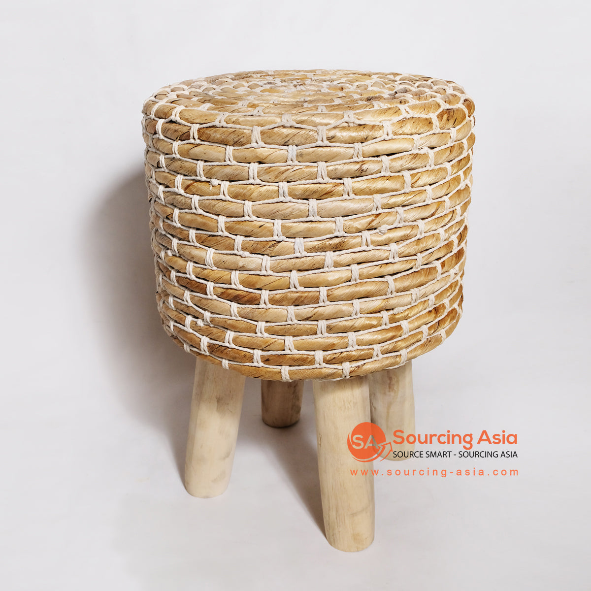 MRC051 WOODEN STOOL WITH BANANA FIBER SEAT