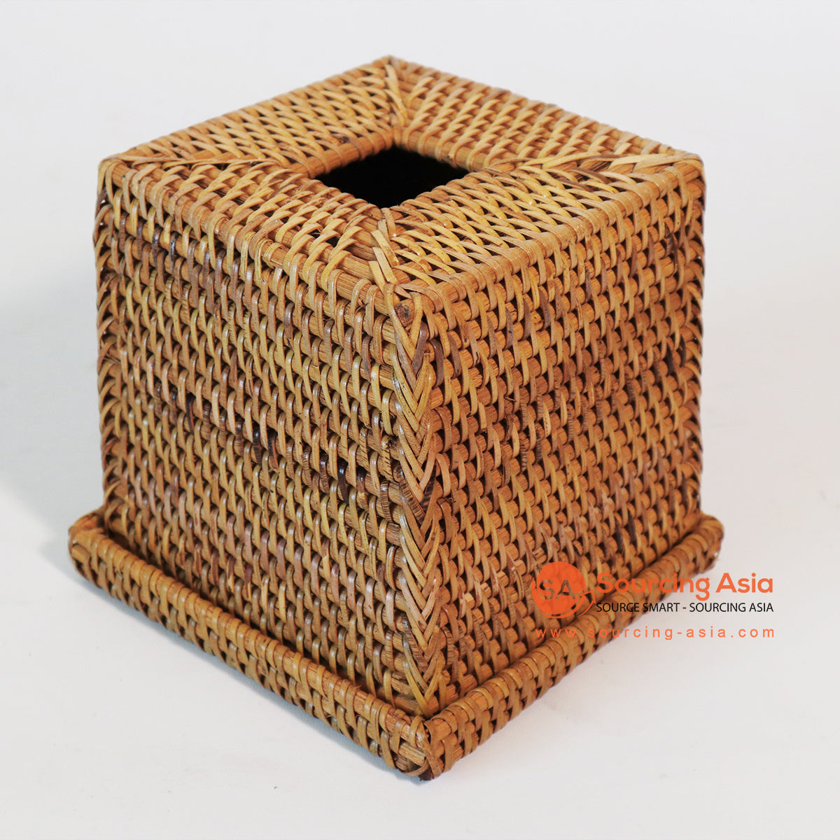 MTIC072 RATTAN TISSUE BOX COLOR NATURAL