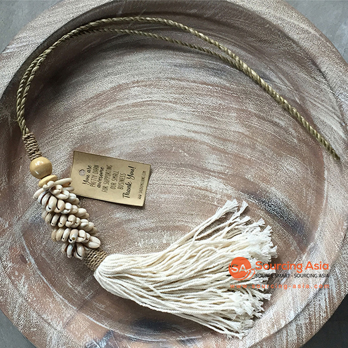 SHL047-11 NATURAL COWRIE SHELL DECORATIVE TASSEL WITH MACRAME YARN