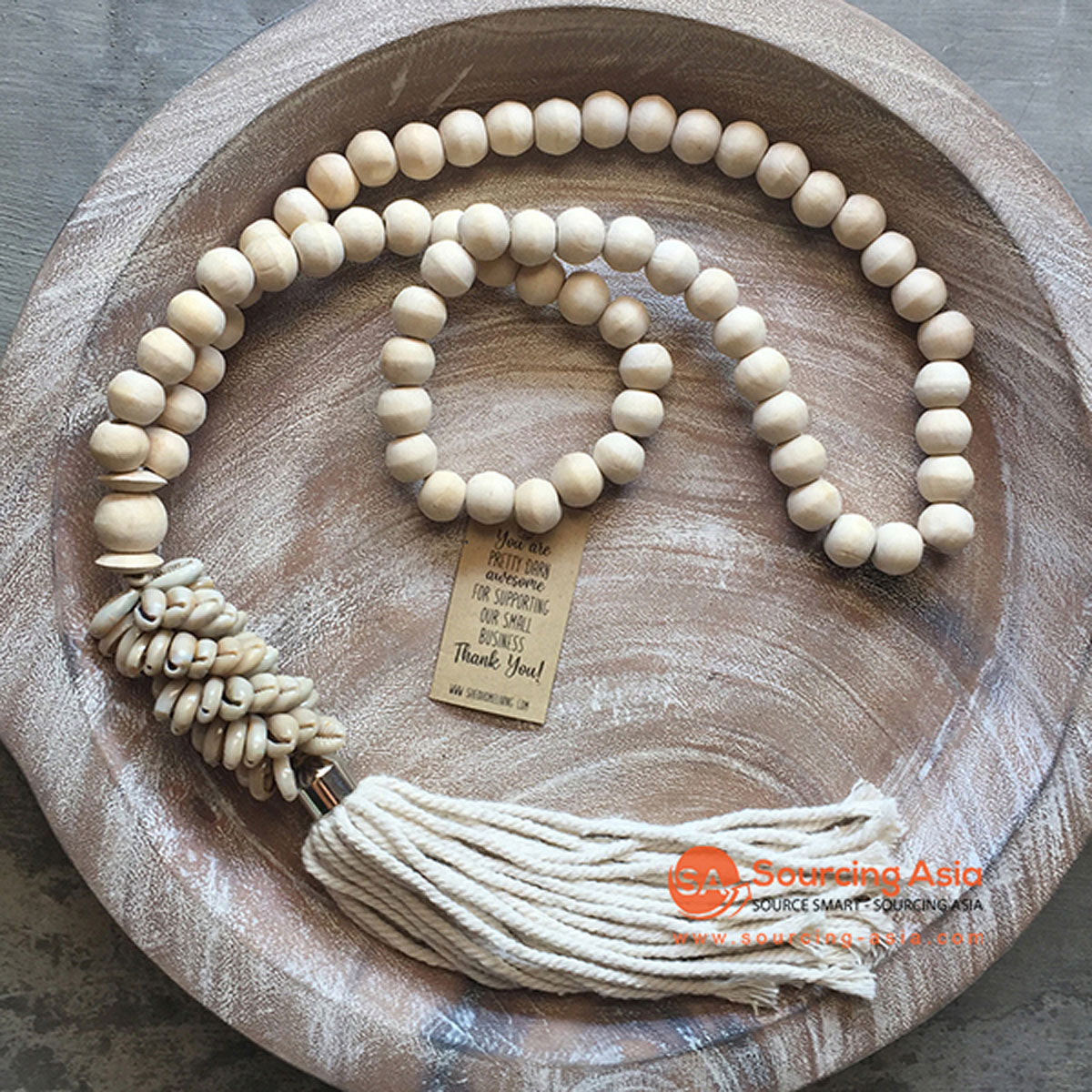 SHL047-12 NATURAL TIMBER BEADS AND COWRIE SHELL DECORATIVE TASSEL WITH MACRAME YARN