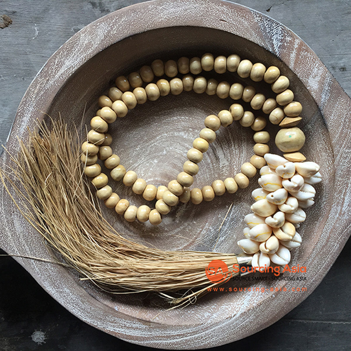 SHL047-25 NATURAL TIMBER BEADS AND COWRIE SHELL DECORATIVE TASSEL WITH RAFFIA FRINGE
