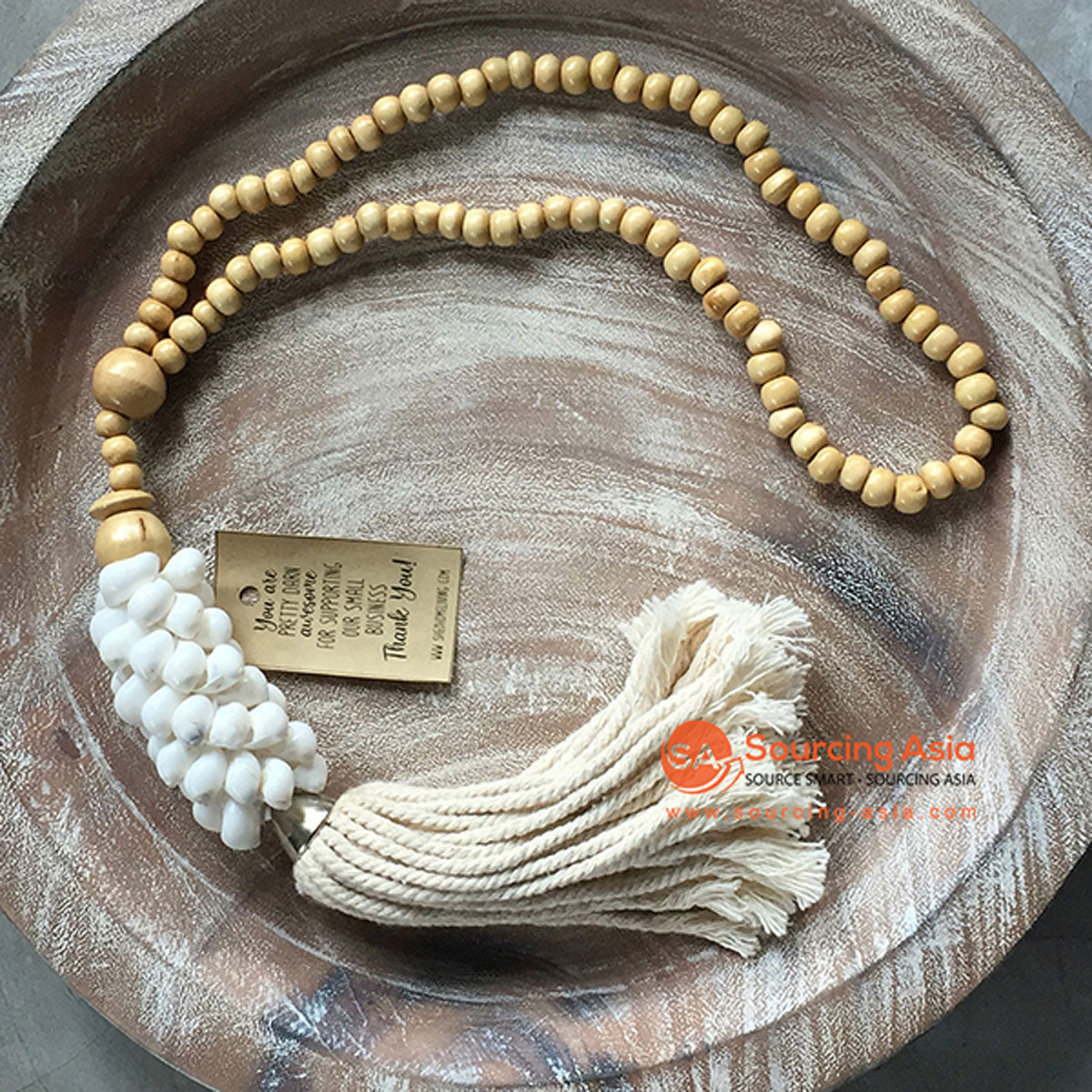 SHL047-6 NATURAL TIMBER BEADS AND WHITE SHELL DECORATIVE TASSEL WITH MACRAME YARN
