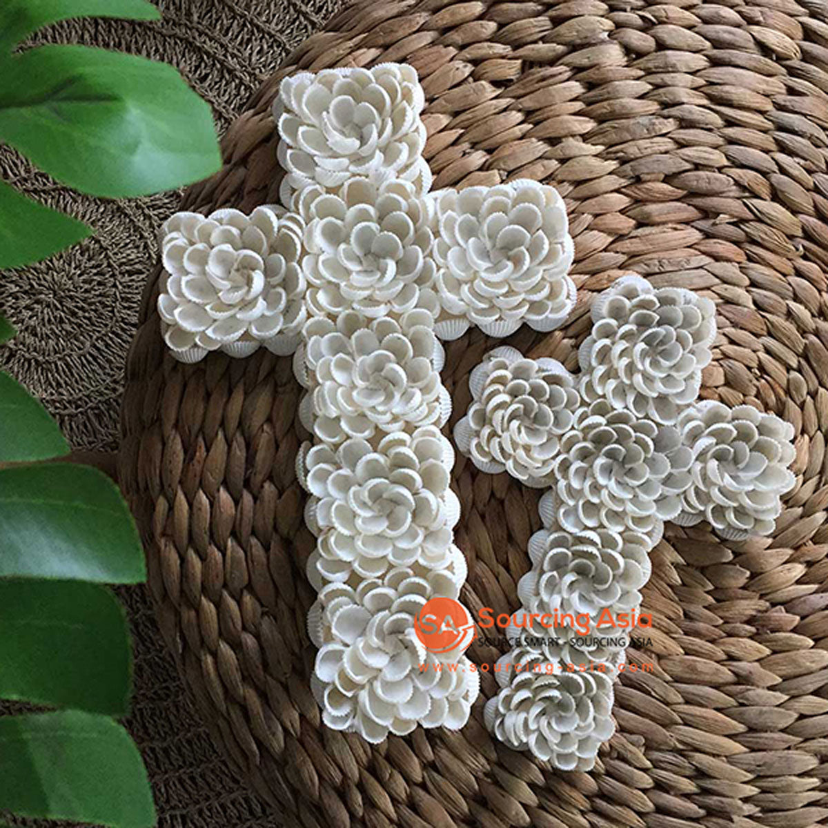SHL056-1 WHITE SHELL FLOWER STYLE CROSS DECORATION