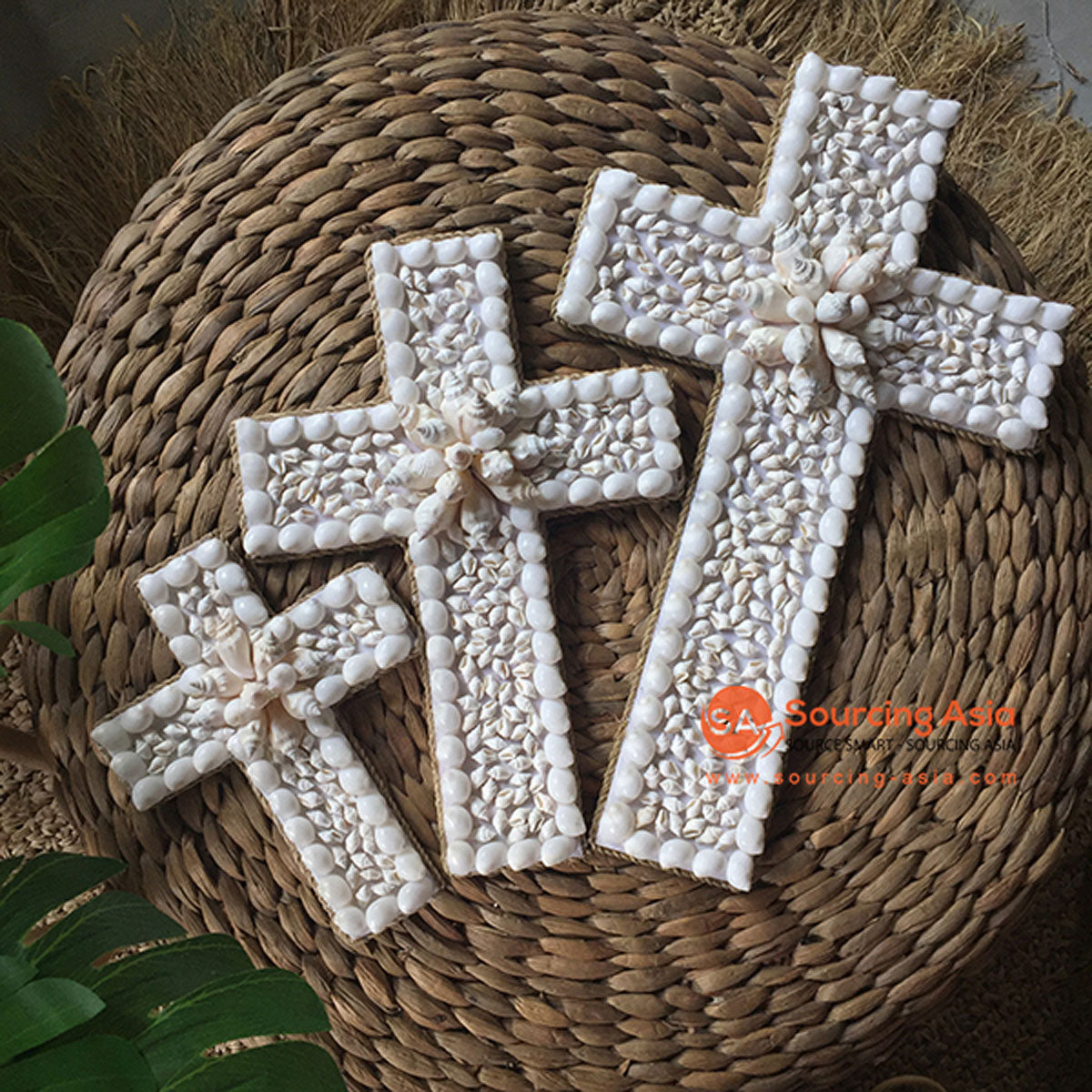 SHL056-5 SET OF THREE WHITE SHELL CROSS DECORATIONS