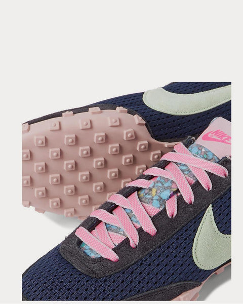 Waffle Racer Mesh and Suede  Navy low top sneakers