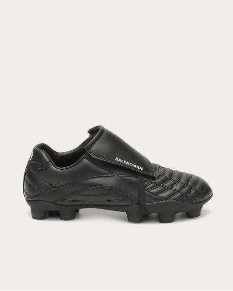 Soccer Black Low top Sneakers
