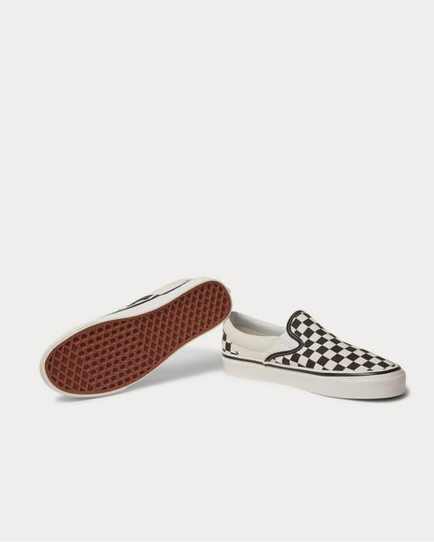 UA Classic 98 DX Checkerboard Canvas Slip-On  White low top sneakers