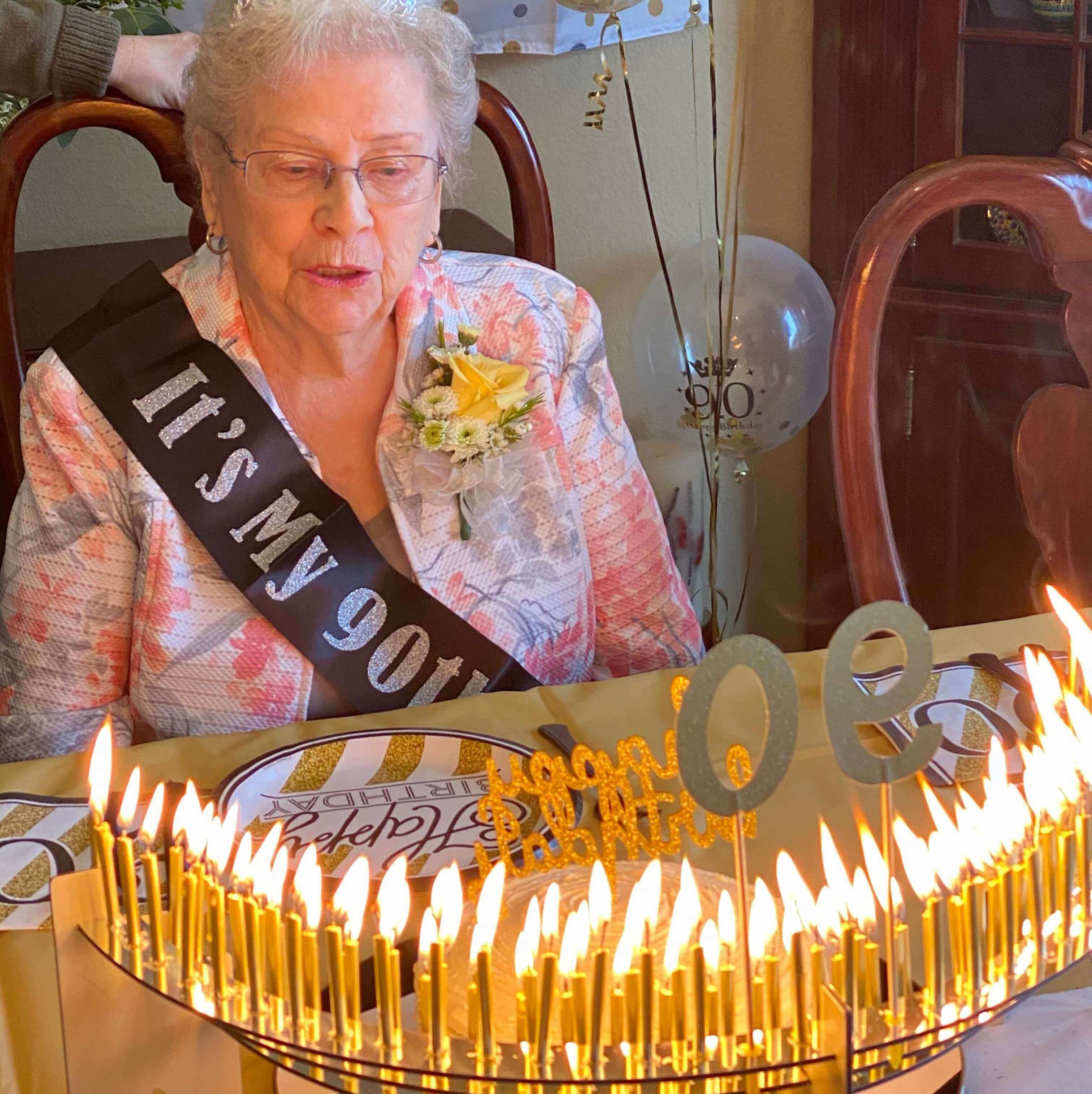 90th Birthday Party Ideas With Celebration Stadium Gold Candles