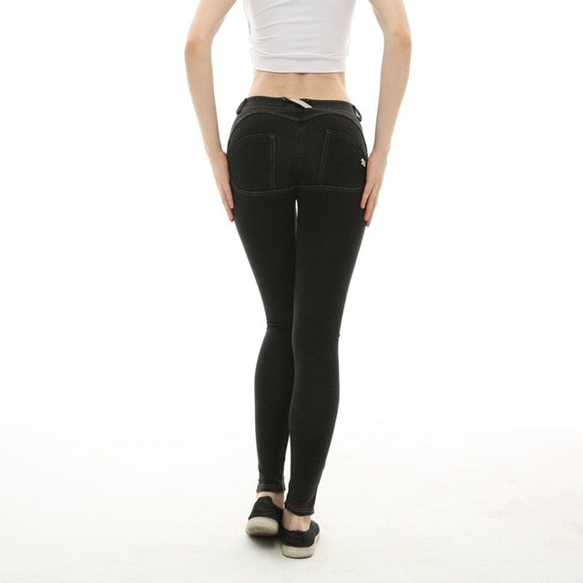 Stretch Jeans  35.00 Fashion Play