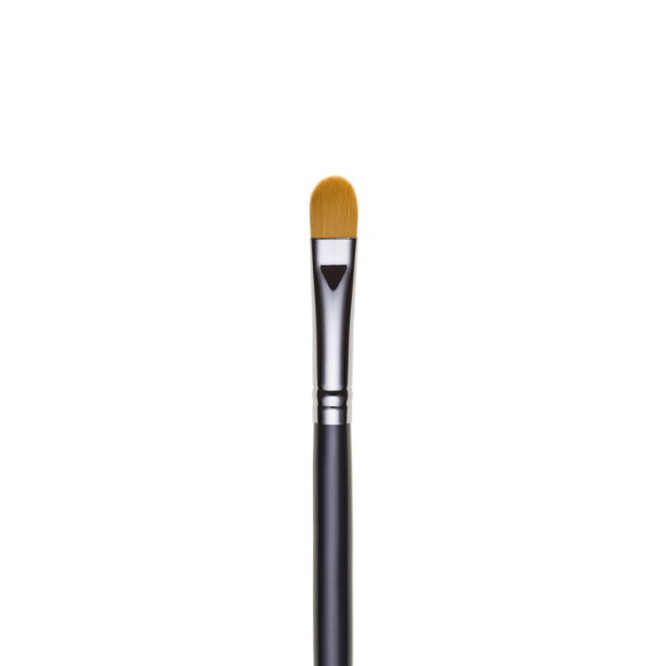 ilo65- TAPERED SYNTHETIC CONCEALER BRUSH