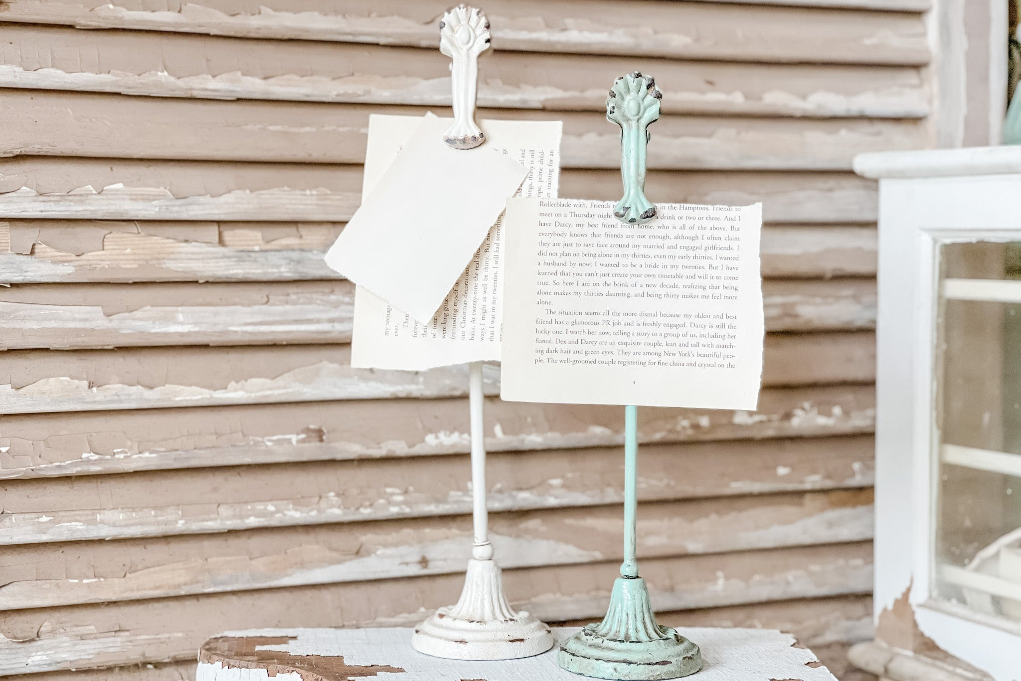 Farmhouse Green Metal Clip Card Photo Holder from Live Oak Nest www.liveoaknest.com