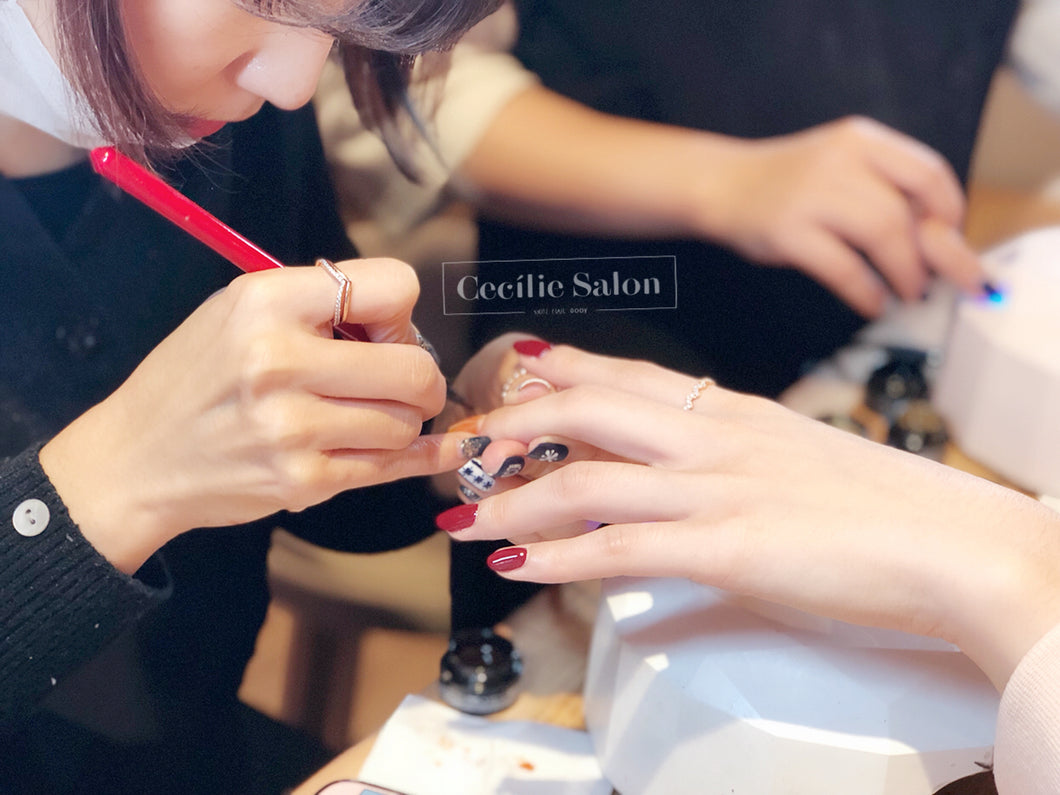Shellac on hands
