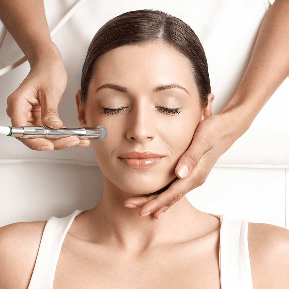 Microdermabrasion With Peeling Treatment