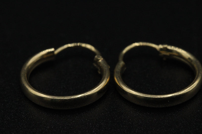 14K Plain Hoops by GD ™ - Gold Drip Jewelry