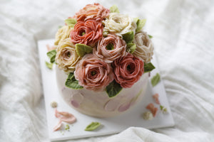 Butter Cream Flower Cake (Blossoming Style)
