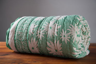 Dessus de lit Blockprint green white flower