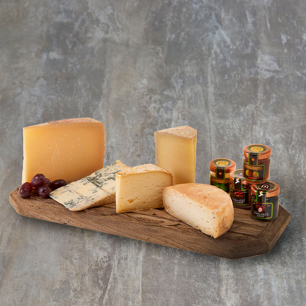 Italian Cheese Platter with accompaniments