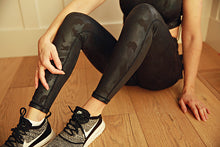 Load image into Gallery viewer, Black Camo Leggings