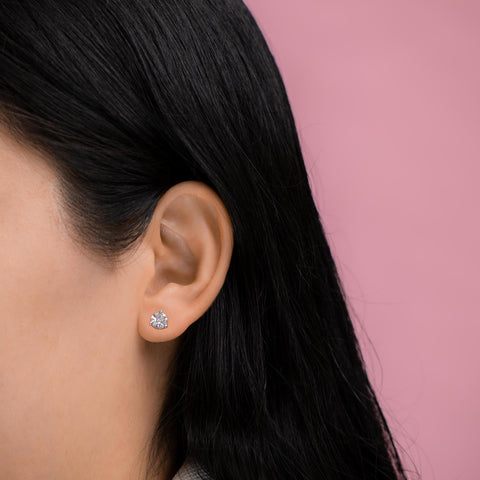 What is an Ideal Size for Diamond Stud Earrings