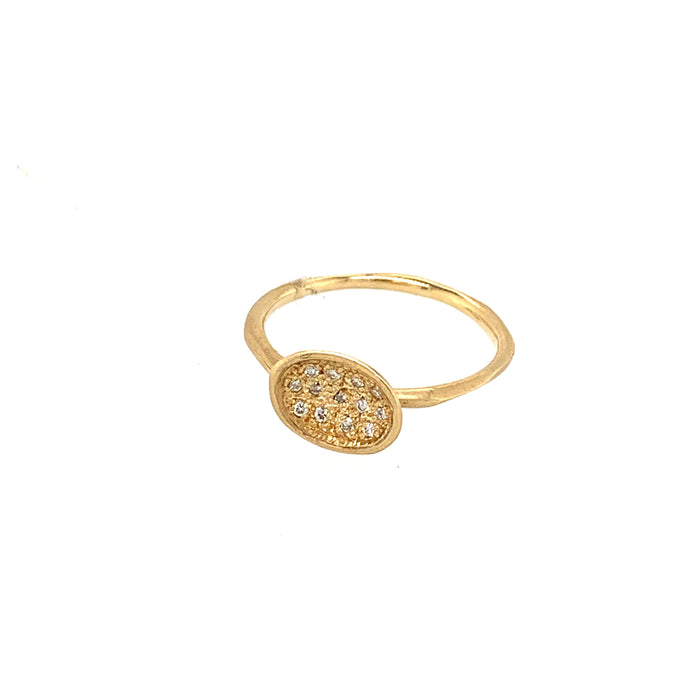 Pavé Yellow Diamond Oval Ring in Yellow Gold