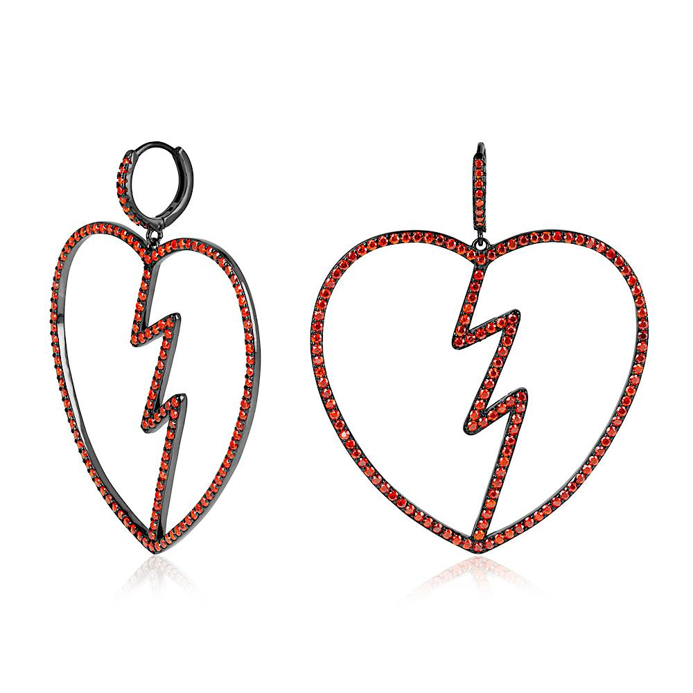 Heartbreak earrings - laurieleestudio