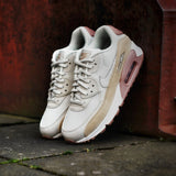 Nike Damen Sneaker Air Max 90 Light Bone/Mushroom