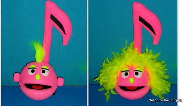blacklight 2 in 1 music note puppet pink