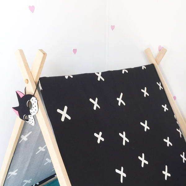 Criss Cross Play Tent - Black