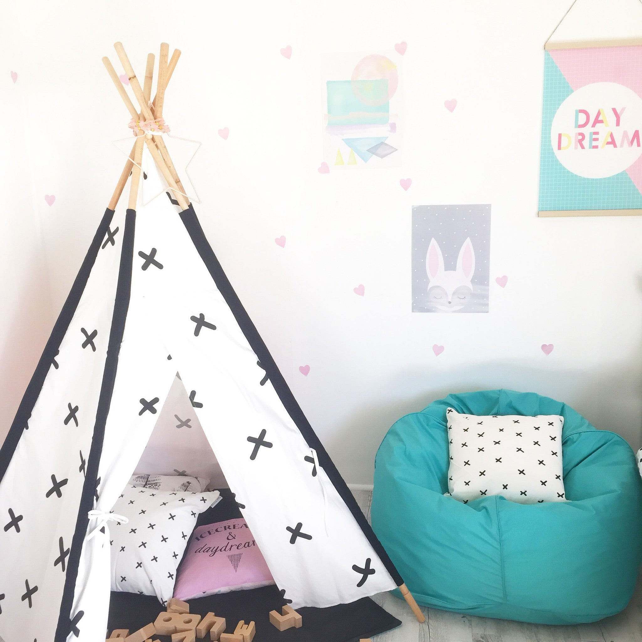 Criss Cross Teepee - White