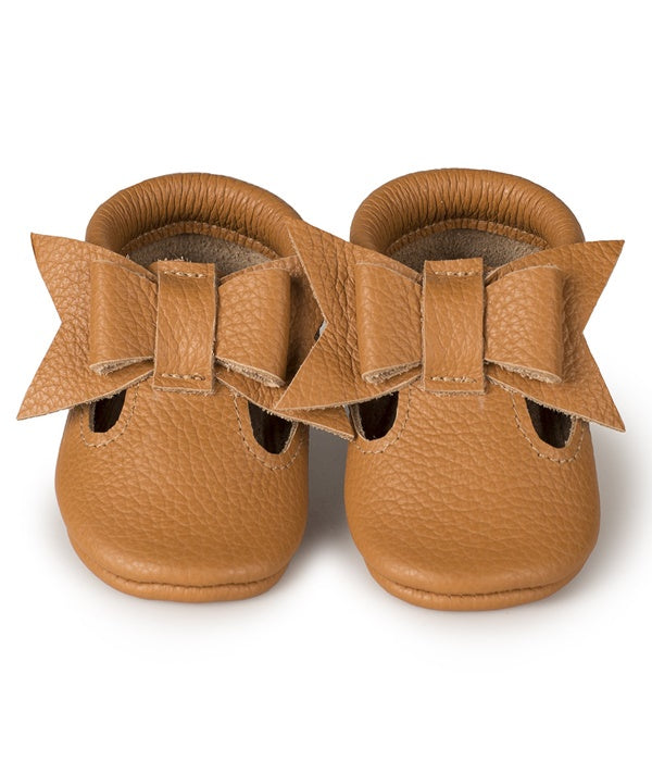 Moccasins - T-strap Bow Cappuccino (suede sole)