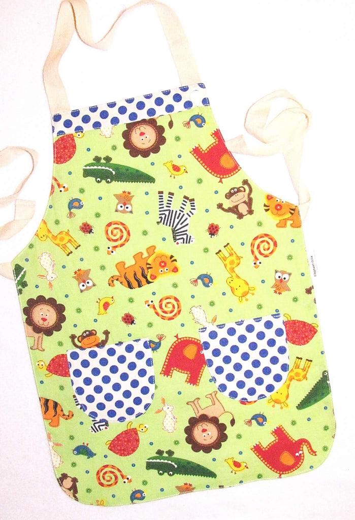 Standard Kitchen Child's Apron. Lovingly handcrafted in New Zealand.
