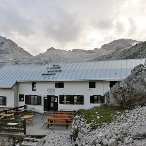 mountain hut - Knorrhütte