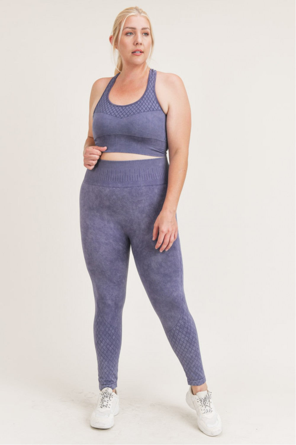 Echelon Seamless Mineral Wash Sports Bra