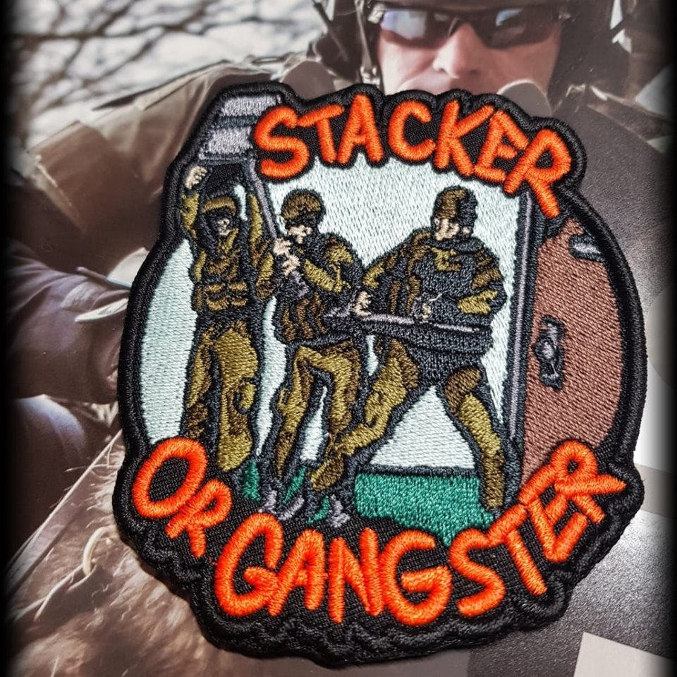 Stacker or Gangster (LE)