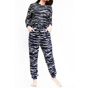 Black Tie Dye Soft, Cozy Lounge Set
